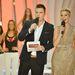 Tatár Csilla a Szépségkirálynő műsorvezetőjeként vágott mélyet.