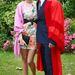 Orlando Bloom ilyen szerelésben ünnepelte Kerr-rel, hogy tiszteletbeli diplomássá választották a kenti egyetemen.
