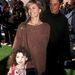 Lattanzi a szüleivel 1991-ben. Korán rájött, hogy anyja, Olivia Newton-John világhírű