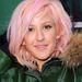 Ellie Goulding énekesnő a halványrózsaszínt próbálta ki