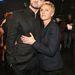 Aztán Justin Timberlake-et ölelgette