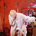 Miley Cyrus kisterpeszben