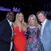 Április 11-én, az American Idol stábjával