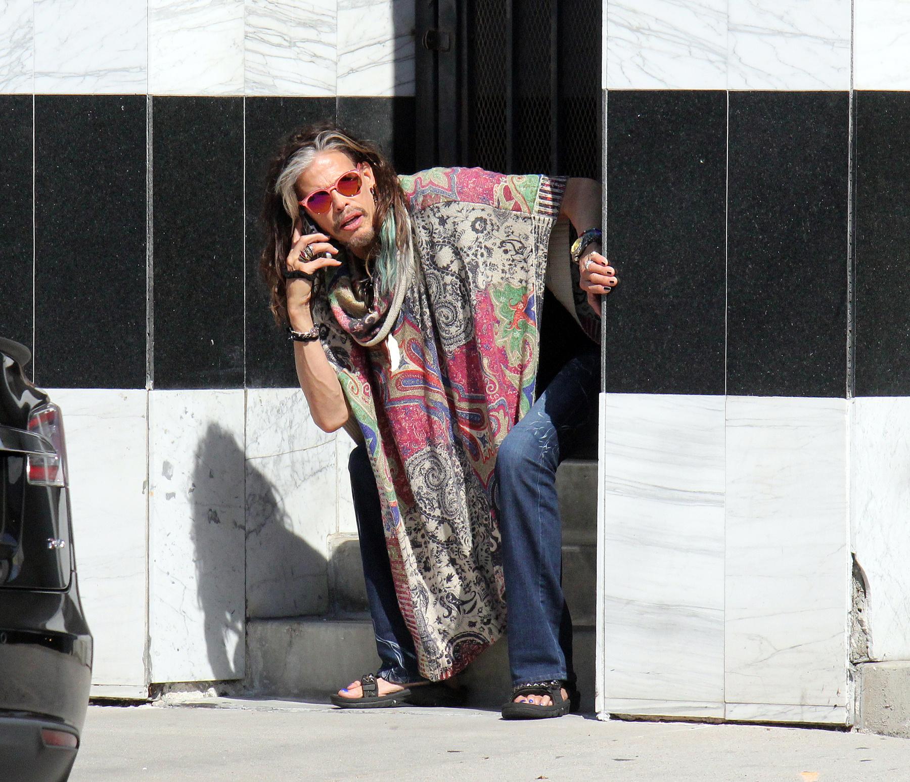 A színésznő Aubrey Plaza pedig bemutatott