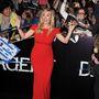 Nem tudjuk eldönteni, hogy Kate Winslet is örült-e, vagy inkább megijedt