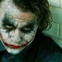 Heath Ledger tökéletes Joker akart lenni, ezért a Batman: A sötét lovag című film forgatása előtt egy hónapra bezárkózott egy londoni hotel szobájába, hogy kísérletezgessen a figurával.