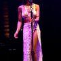A 26 éves énekesnő saját néven nyomul, Jhené Aiko Efuru Chilombóként anyakönyvezték