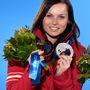Ausztria esetében nem tudtuk kihagyni, hogy a téli olimpia egyik legszebb sportolóját, Anna Fenninger síelőt válasszuk.