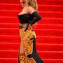Hozzá képest Beyoncé a legfelső kategóriás luxuskurvának öltözött