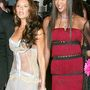 Mentségére szóljon, hogy abban az évben Naomi Campbell lámpaernyőnek öltözött