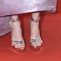 Negatív wtf-pillanat: Julianne Moore lábának volt baja ezzel a cipővel.