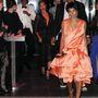 Távozás a liftharc után: Solange Knowles barackszín ruhában és feldúltan, Beyoncé nyugodtan, Jay Z zavartan.