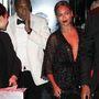 Jay Z arcáról sugárzik a döbbenet.