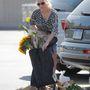 Naomi Watts még bevásárlásra utaló cuccokat is összeszedett a tökéletes átlagemberség eléréséhez!