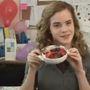 Emma Watson nagyon szereti Nutellába mártogatni az epret.