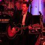 Kevin Bacon folyamatosan turnézik zenekarával