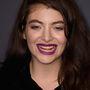 Lorde fogainak nem kedvez ez a rúzsárnyalat