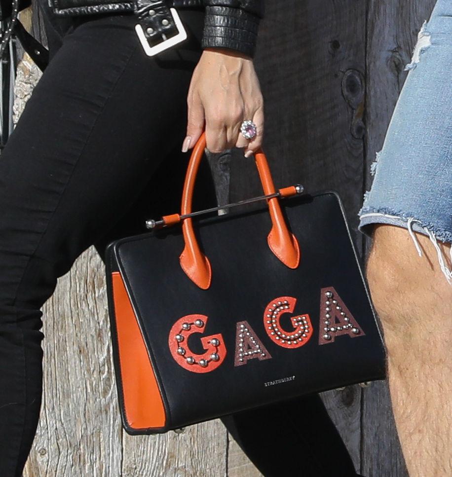 6. Gigi Hadid (2015. június 21.)