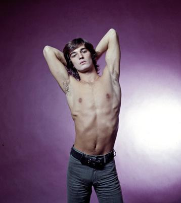 Modell: Casey Donovan, Cal