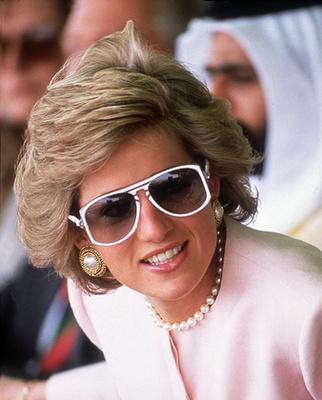 1989-ben a Windsor kastélyban. Vilmos herceg ül mellette.