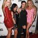 Pornóscsajok pózolnak a fotósoknak a 30. AVN-gála egyik partijának vörös szőnyegén. Balról jobbra Jessica Drake, Kaylani Lei, Alektra Blue és Samantha Saint látható.