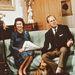 Még a nászútjára is megával vitt egy kutyát, ez a kép 1975-ben készült Fülöp herceg és egy kutya társaságában Balmoralban.