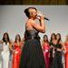 Bencsik Tamara énekel