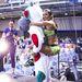A Syma csarnokban nyolcadik alkalommal került megrendezésre a Fittaréna 2013. Az egynapos rendezvényen mintegy  5000 ember végzett közösen fitnesz és aerobic gyakorlatokat. Rubint Réka az egyik promócós bábún lovagol.