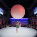 Vidám nyarat igértek 2014-re a magyar tervezők az októberi Marie Claire Fashion Days-en. A kifutón az Enjey kollekciójának egy darabját mutatják be.