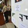 A Santa Barbara-i megyei seriff tájékoztatja a médiát a gyilkosság részleteiről