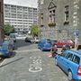 A két férfi egy gyilkosságot játszott el a skóciai Edinburgh-ben, amikor arra járt a Google Street View kocsija.
