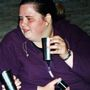 Egészségtelen életmódja és bezárkózása durva elhízáshoz vezetett.
