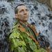 Eco-Man öltöny, alapanyagok: jukka levelek, babér, tüskék