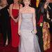 Helen Mirren maga a megtestesült elegancia.