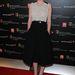 Carey Mulligan stylistja kétségkívül ügyes: a kék cipő mindent visz.
