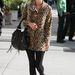 Újabb vitatott minta: párducos kabát Nicky Hiltonon, kaliforniai melegben.