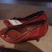 Stradivarius: piros (nem is annyira) törpe tűsarok, 9.995 forint.