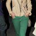 Cheryl Cole zöld nadrágban