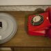 Vajon hova vezet a telefonvonal? Hívni kell vagy hívást fogadni? Hányas számot tárcsázzunk? Vagy szét kell szerelni a készüléket?