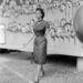 Sophia Loren asszonyos formái miniruhában