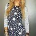 Dukai Regina és egy új ruha a kollekcióból, figyeljék a csillagokat