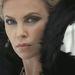 Charlize Theron gonoszként a júniusban bemutatandó film trélerjében