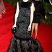 Persze van, aki inkább az örök feketéhez ragaszkodott, lásd Cate Blanchett