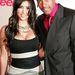 2006 szptember, Teen Vogue Young Hollywood Party. Kardashian Nick Cannonnal pózol. Itt még hatalmas mellein a hangsúly, nem a fenekén