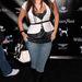 Még egy szörnyű szett, és nem egy kivételes divatbemutató: William Rast Street Sexy Fashion Show-ján jelent meg Kardashian farmerban. Csipkés kombiné hegyesorrú csizmával 2006-ban?