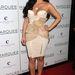 Lehetne a fiatal Cher is. De hova tűntek a mellei? Egyébként Kardashian épp Valentin napi műsort vezet a Las Vegas-i Marquee Nightclub Cosmopolitanban