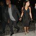 West mellett jóval visszafogottabb: fekete ruha peplummal. Az egyik első randijuk 2012 áprilisában.
