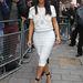 Finomabb stílus, finomabb tekintet: Kardashian a BBC környékén kóvályog május 17-én