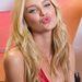 A Victoria's Secret modellje Candice Swanepoel úgy látszik egyszer betanulta, és azóta megkedvelte ezt a szájtartást.