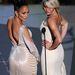 Jennifer Lopez és Cameron Diaz gyakorlótt pózolók, Diaz szája rögtön kacsára is állt.